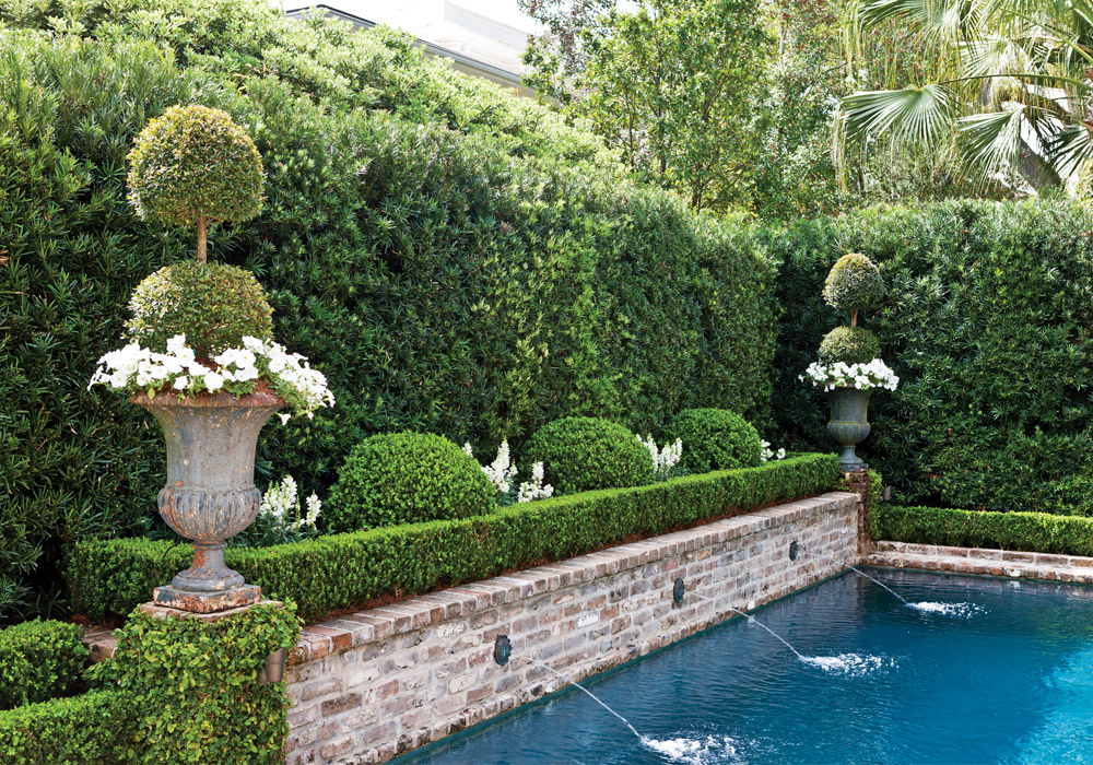 The Gardens of the Crescent City - Victoria Magazine