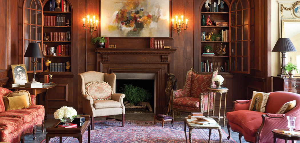 Old-World Tradition & Contemporary Comfort