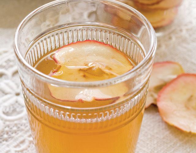 Spiced Apple Cider Recipe - Victoria Magazine