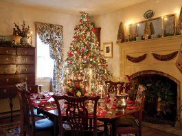 Williamsburg Christmas home