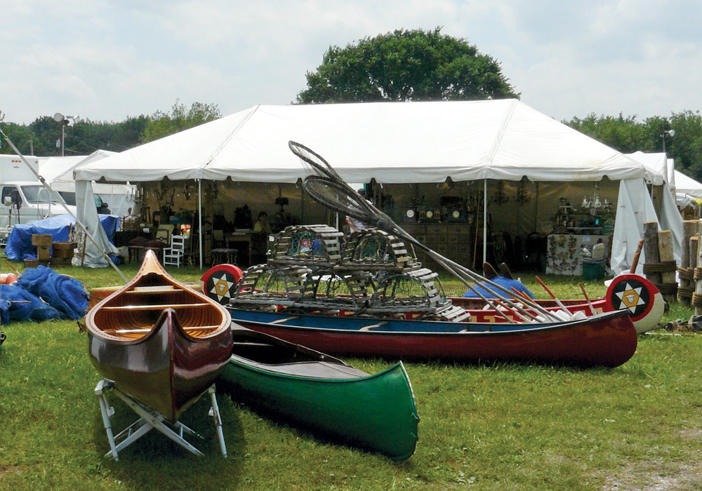 Early American Furniture Reproductions The Legendary Brimfield Antiques Show