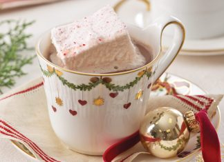 Peppermint Marshmallows Winter Refreshment