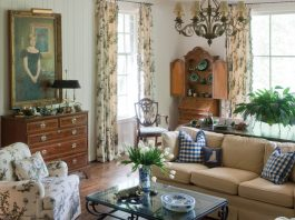Homeowner Amy Ager clearly shares with her family of serious antiques enthusiasts.