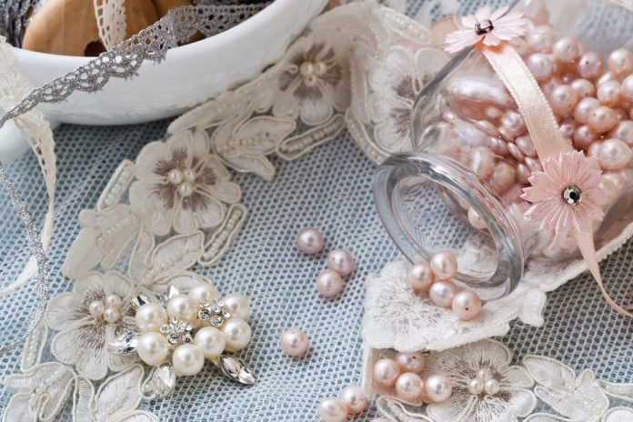 In the midst of wedding season, our thoughts turn to artisan and entrepreneur Arbie Goodfellow, who was featured in this year's Business of Bliss. Learn how this former figure skater glided into a new career as owner of the online bridal boutique Parisxox.