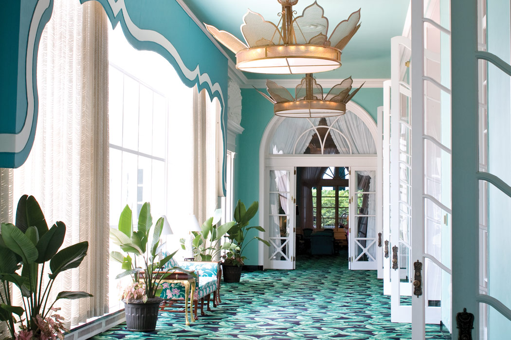 dorothy draper's enduring legacy at the greenbrier - victoria mag