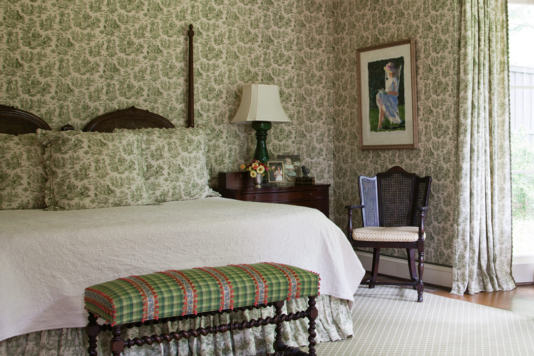 Bedroom Decorating Ideas Totally Toile: Victoria Magazine