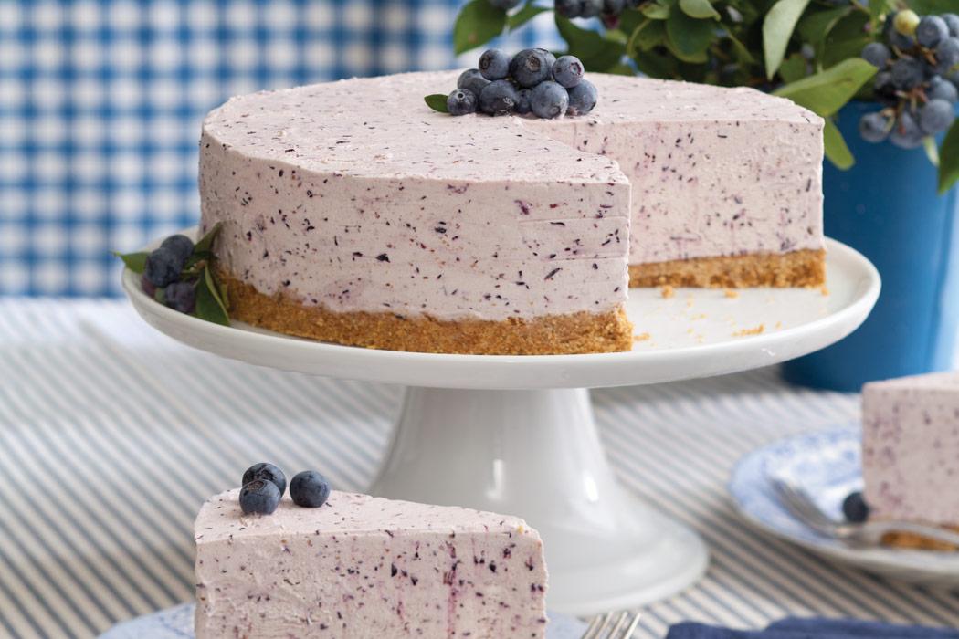 Blueberry Frozen Yogurt Pie Victoria Magazine