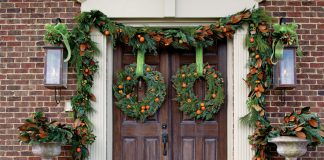 How to Craft a Citrus Wreath