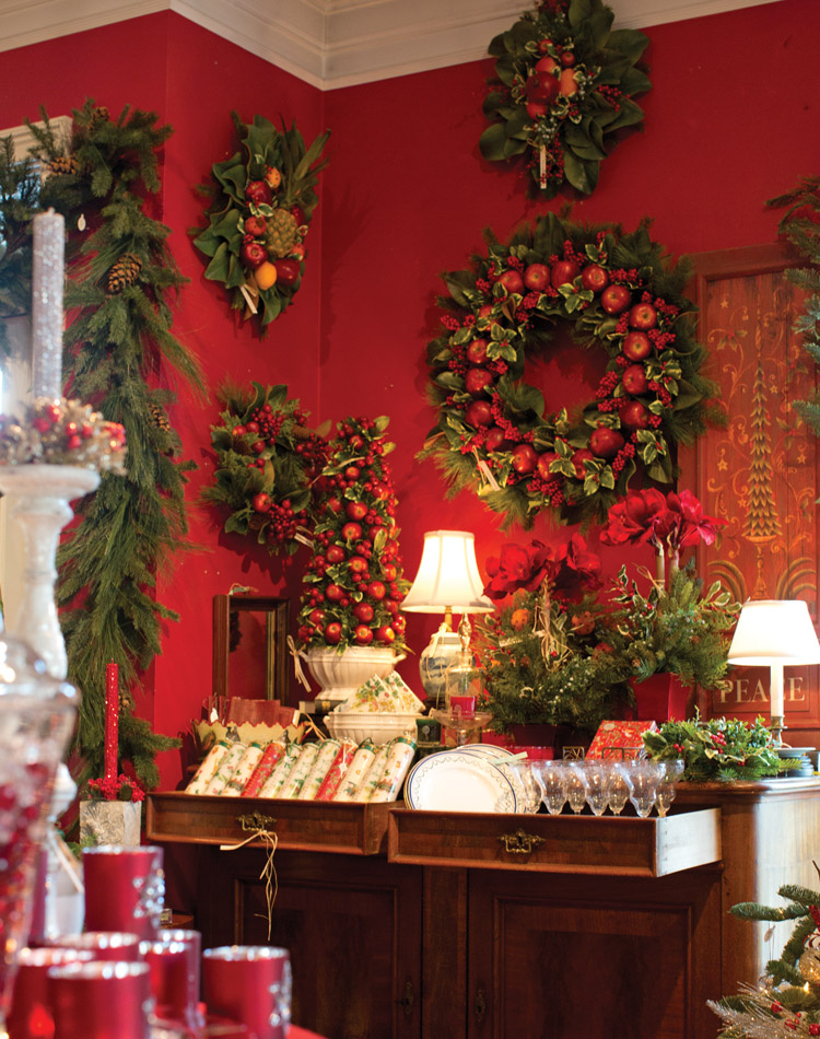 Our Five Favorite Holiday Wreaths