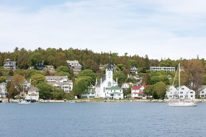 The Lovely Lilacs of Mackinac Island