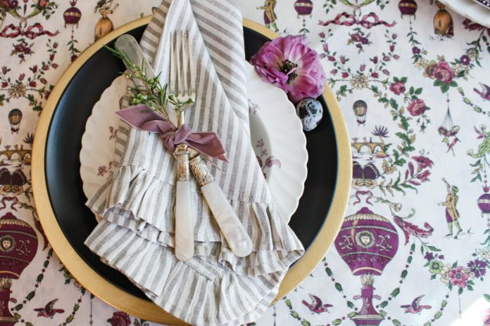 Five Hostess Secrets for Creating a Summer Tablescape